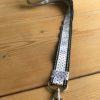 keycord zwart en wit polkadot stitch stipjes handig om je nek huissleutel fietssleutel cadeau kado -